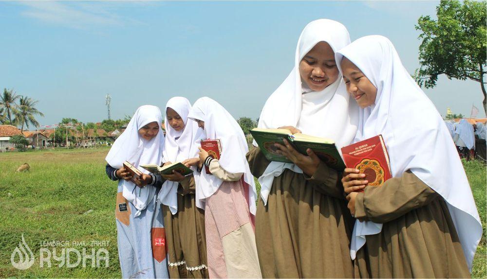 Santri Yatim dan Dhuafa Tahfizh Qur'an Rydha