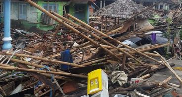 Bantuan untuk korban tsunami di pulau sebesi