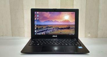1000 Laptop Untuk Penulis Indonesia