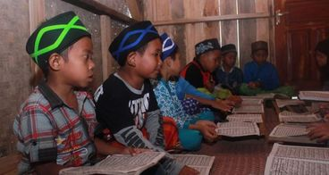 Bantu Kampung Talaga Punya Rumah Qur'an