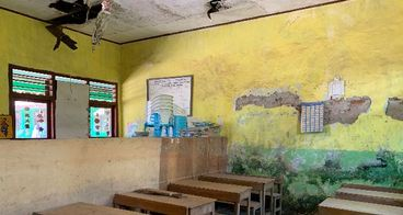 Bantu Renovasi Sekolah MI monggo
