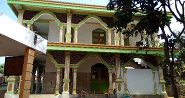 Bantu selesaikan pembangunan masjid Al-Falah