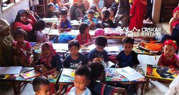 W&P Bantu Pendidikan Anak Laskar Bintang