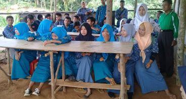 Atap untuk Pendidikan