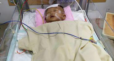 Bantu Farza Melawan PJB dan Pneumonia di PICU