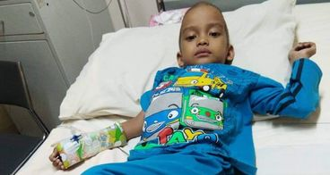 Bantu Rizal berusia 4 tahun Melawan kanker Otot