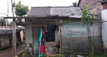 Bantu renovasi rumah pak kardi