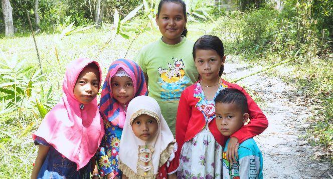 Bantu Ransel Buku Mewujudkan Mimpi Anak Kalimantan