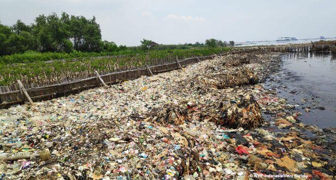 Kurangi Sampah, Jaga Laut Kita #LupainPlastik
