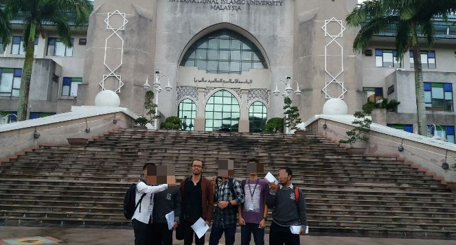 Bantu Achmad Menyelesaikan Pendidikannya