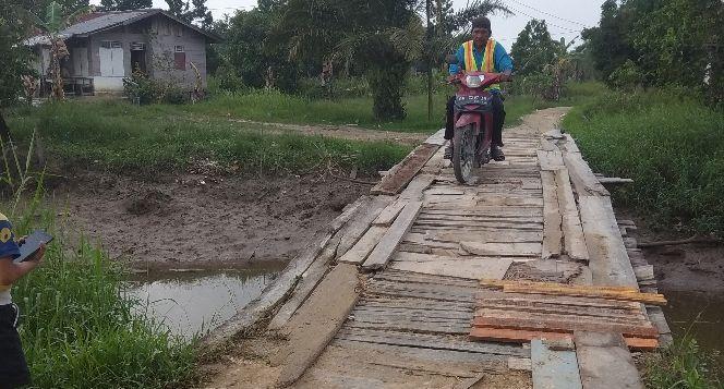 Bantu kami membangun jembatan