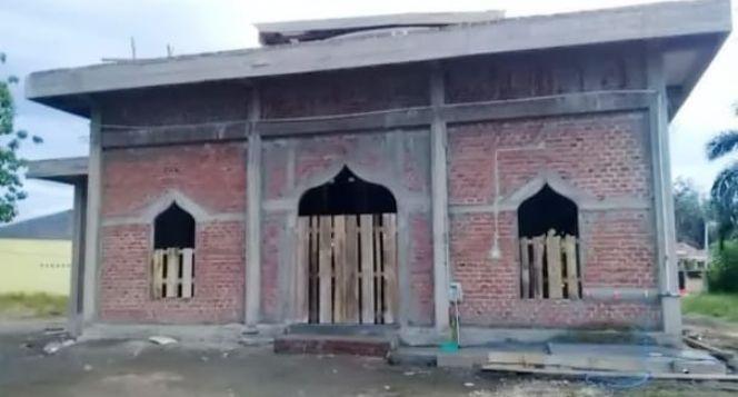 Bantu kami menyelesaikan Masjid Syarif Hidayatulah